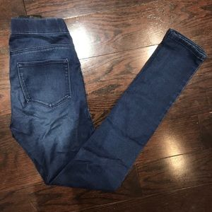 H&M Dark Wash Super Skinny Jeggings/Jeans
